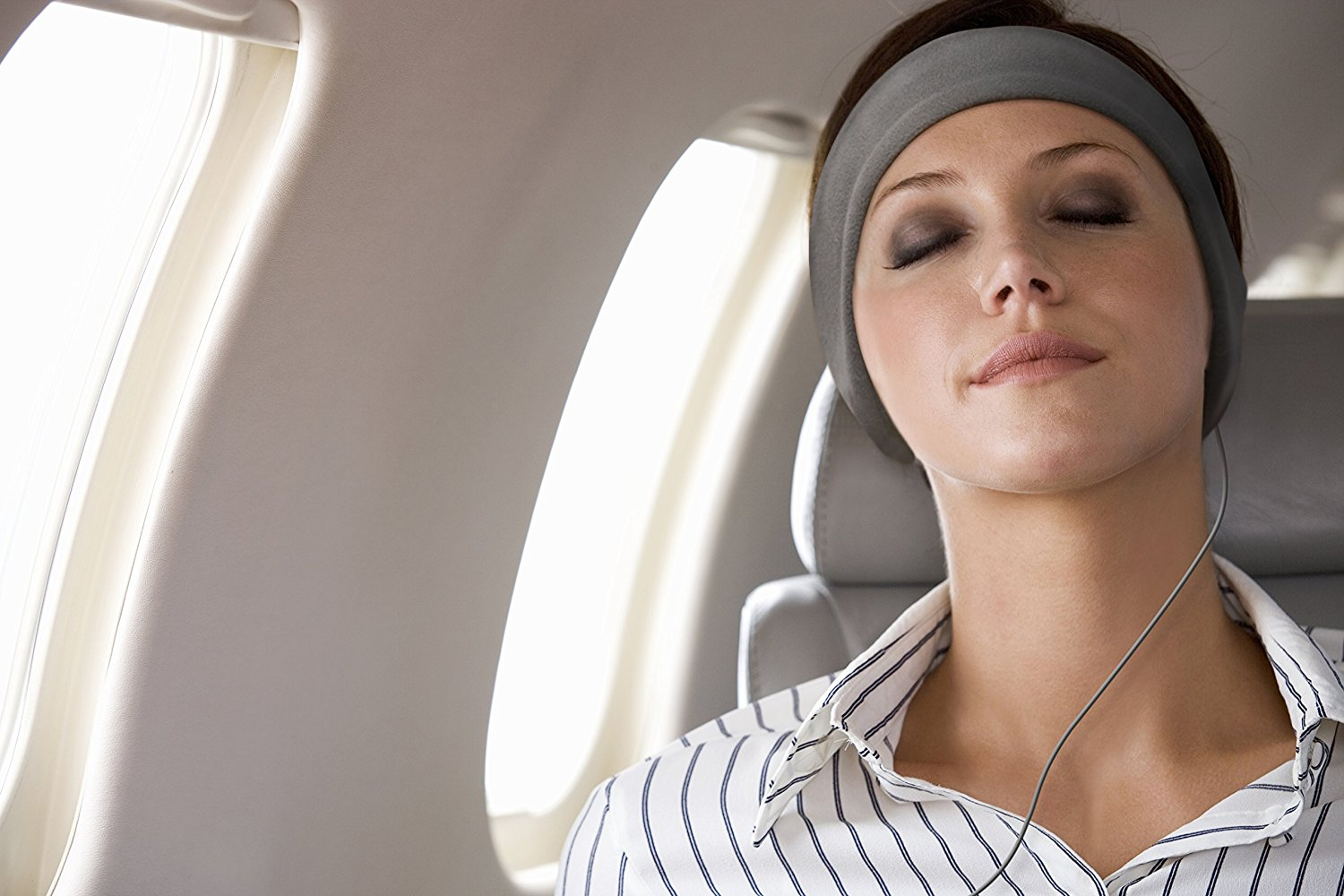 7 Best Noise Cancelling Headphones For Sleeping